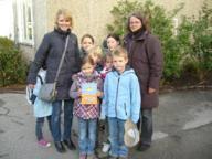 Zum Tag des Buches übergab Frau Larssen eine Buchspende